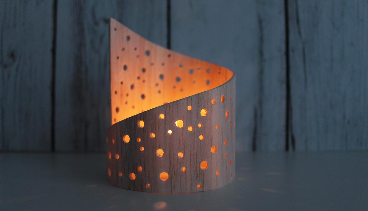 do it yourself lichtspiel aus balsaholz selbst basteln. Black Bedroom Furniture Sets. Home Design Ideas