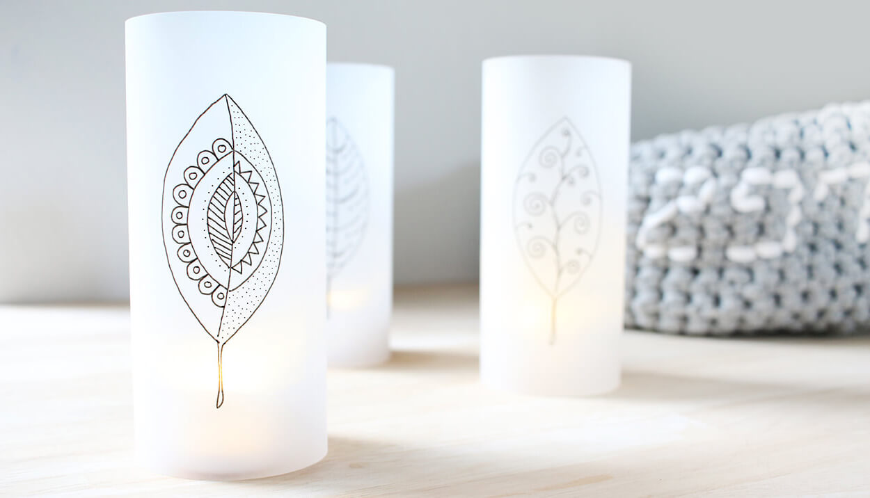 do it yourself herbstlichter aus transparentpapier. Black Bedroom Furniture Sets. Home Design Ideas