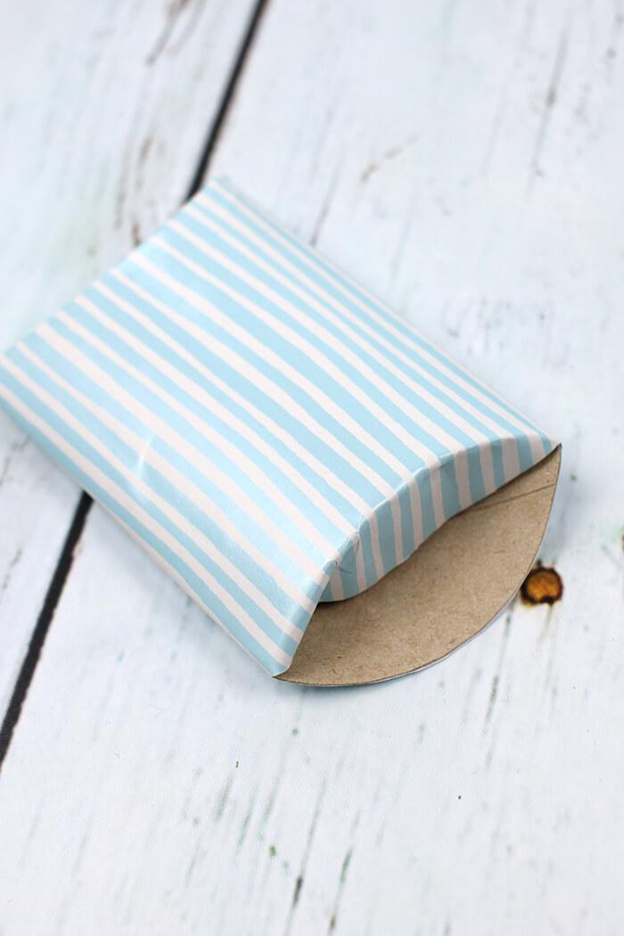 Verpackung aus Papierrolle