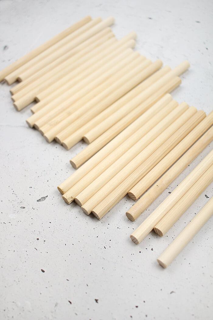Rundhölzer aus Fichtenholz für DIY Vase