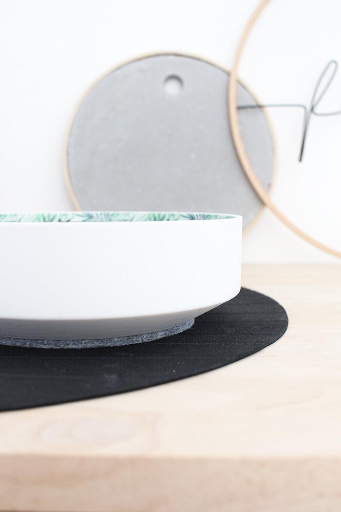 Deko. DIY Challenge, aus einer WC Flachrosette wird eine schicke Schale, Upcycling von Gingered Things