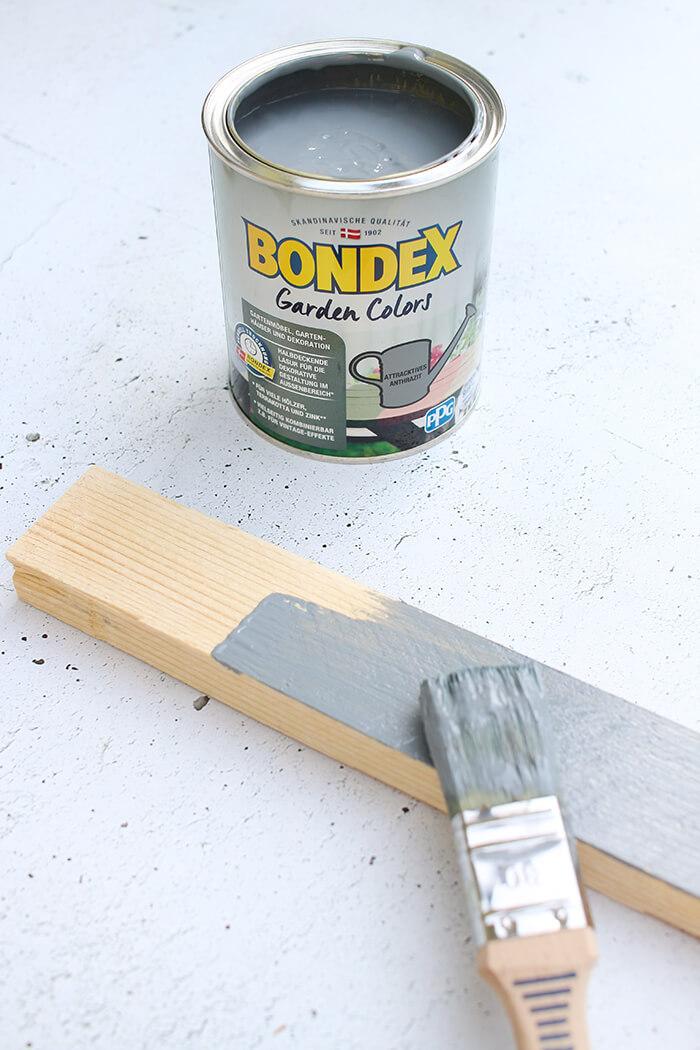 Kosolentisch aus Holzresten und Bondex für den Garten bauen. Upcycling DIY von Gingered Things