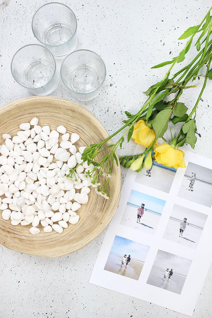 Alle Materialin die ihr für die Tischdeko mit Blumen und Fotos braucht