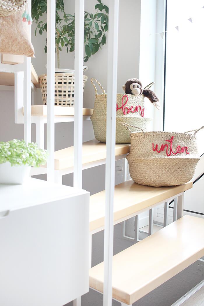 Treppenkörbe für mehr Odnung im haus mit Kindern