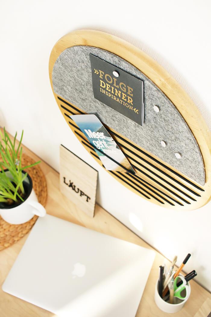 DIY Upcycling Memoboard aus Holz und Gummikordel