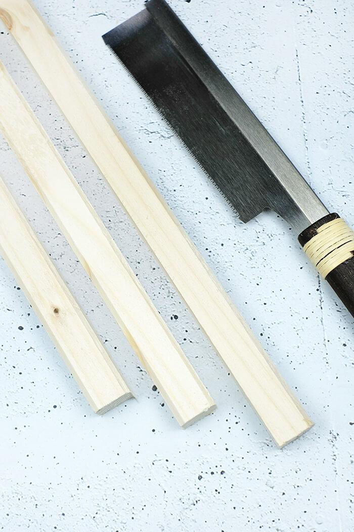 Holzleisten zurecht sägen