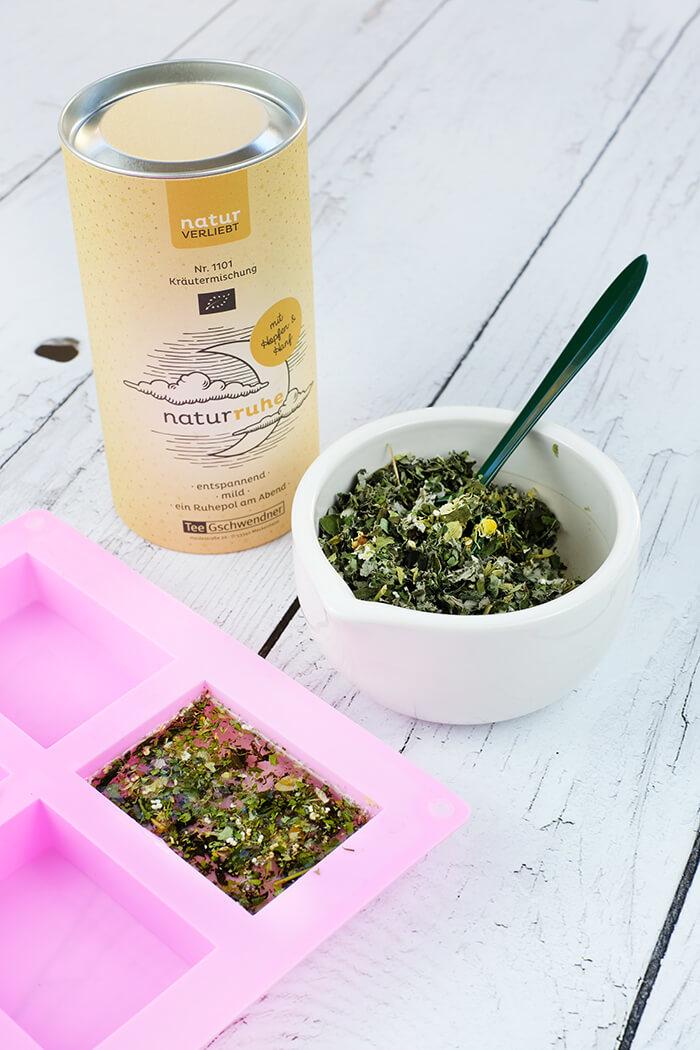 Der Tee Naturruhe ist das perfekte GEschenk für alle die es ntürlich mögen