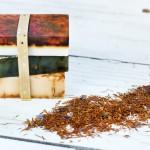 DIY Seife mit Tee, das perfekte individuelle selbstgemachte Weihnachtsgeschenk