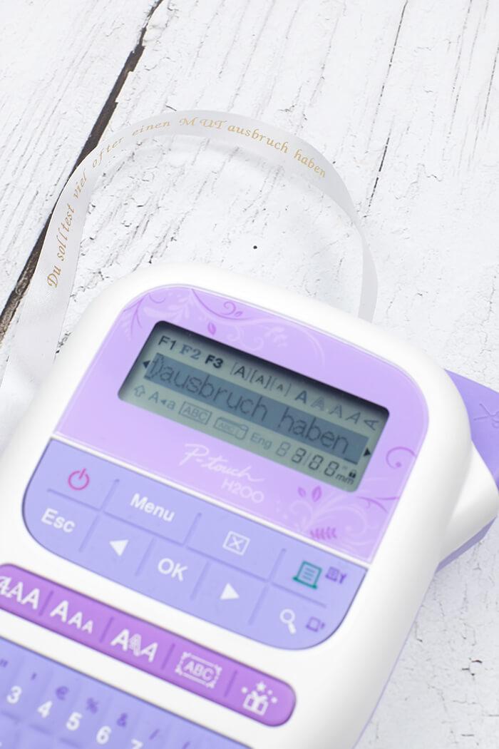 Band beschriften und ganz einfach mit dem P-Touch H200 ausdrucken