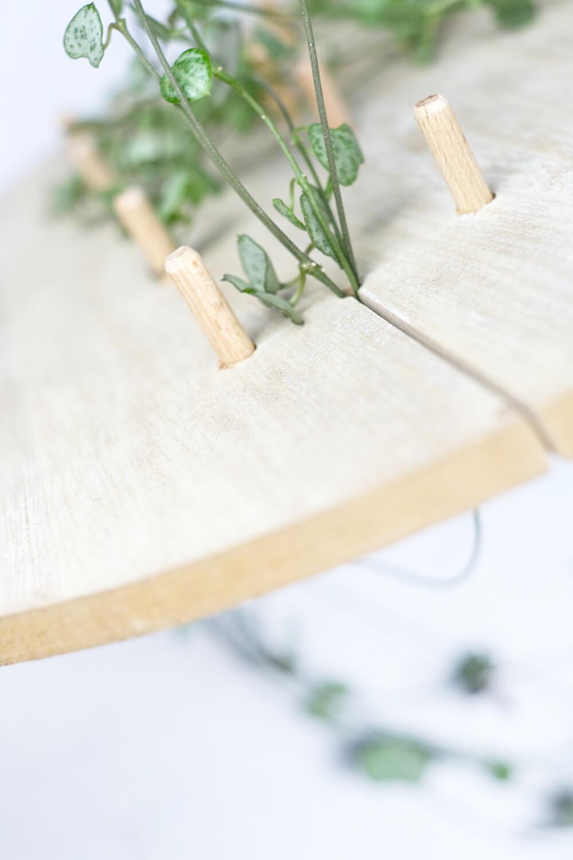 Ansatz verstecken. DIY Monogram auf Pflanzen und Holz als Geschenk für den Valentinstag, von Gingered Things