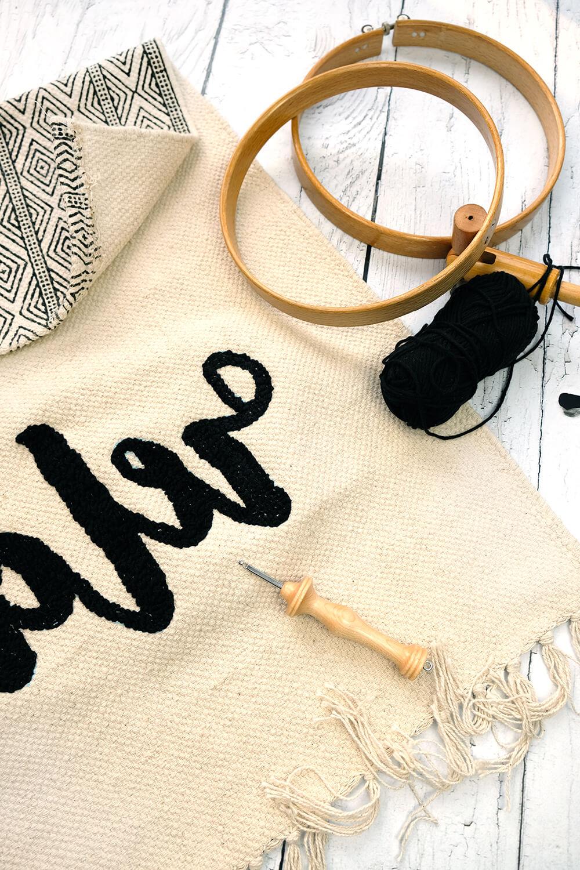 DIY - Punch Needeln - Wie aus einem Teppich ein Kissen wird.