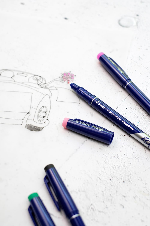 DIY Gästebuch für eine Hochzeit einmal anders - auto zeichnen
