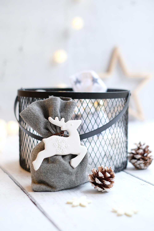 DIY nachhaltige Alternative zu GEschenkpapier, Geschenkbeutel nähen - Gingered Things