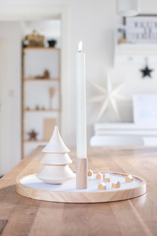 DIY Winterdorft aus Holz für die Weihnachtszeit - Gingered Things